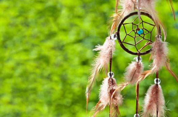 Australian Psychic Medium Vine - Accurate Psychic Readings for all Cultural Backgrounds